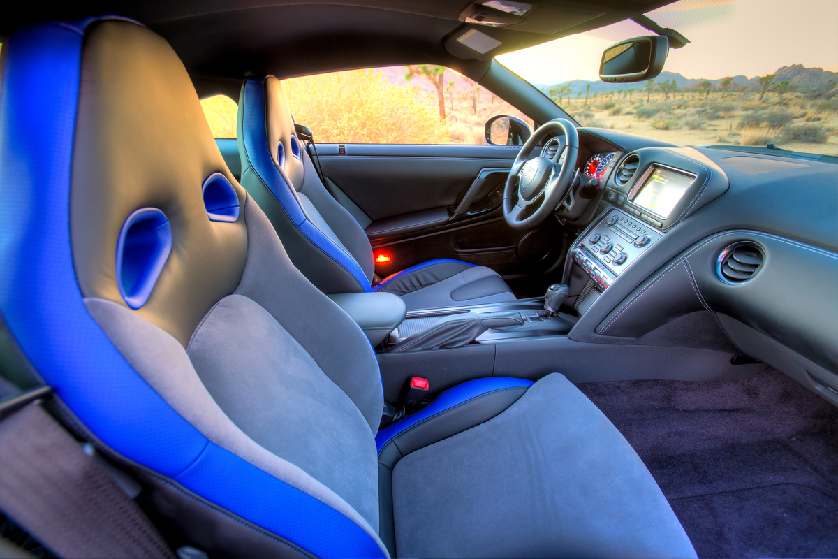 Front seats of the Track Edition