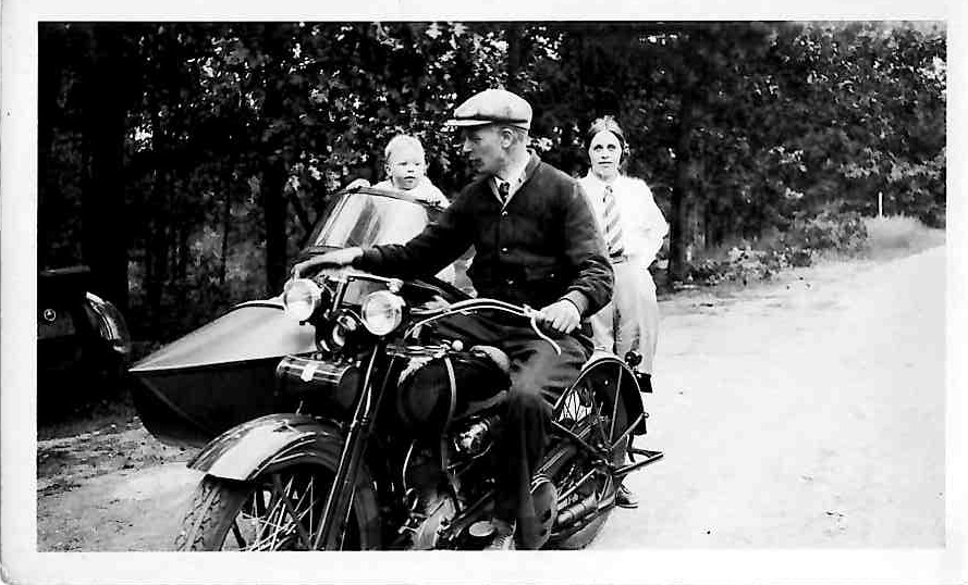 n early Harley-Davidson motorcycle.