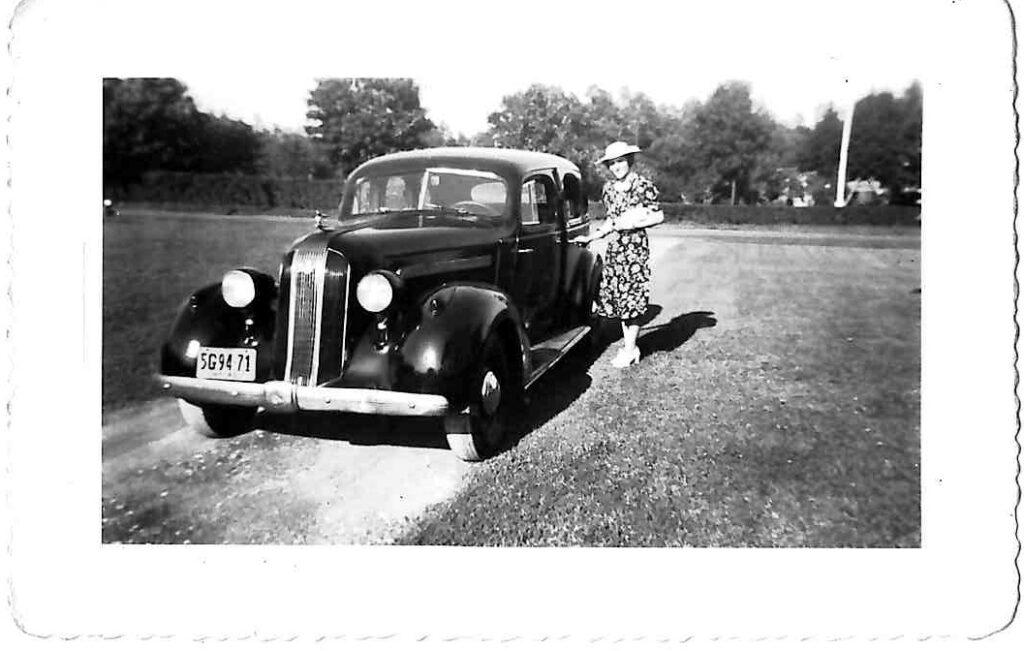 A 1936 Pontiac touring sedan.