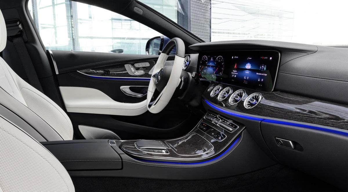 2022 Mercedes-Benz CLS coupe-sedan front passenger seat.