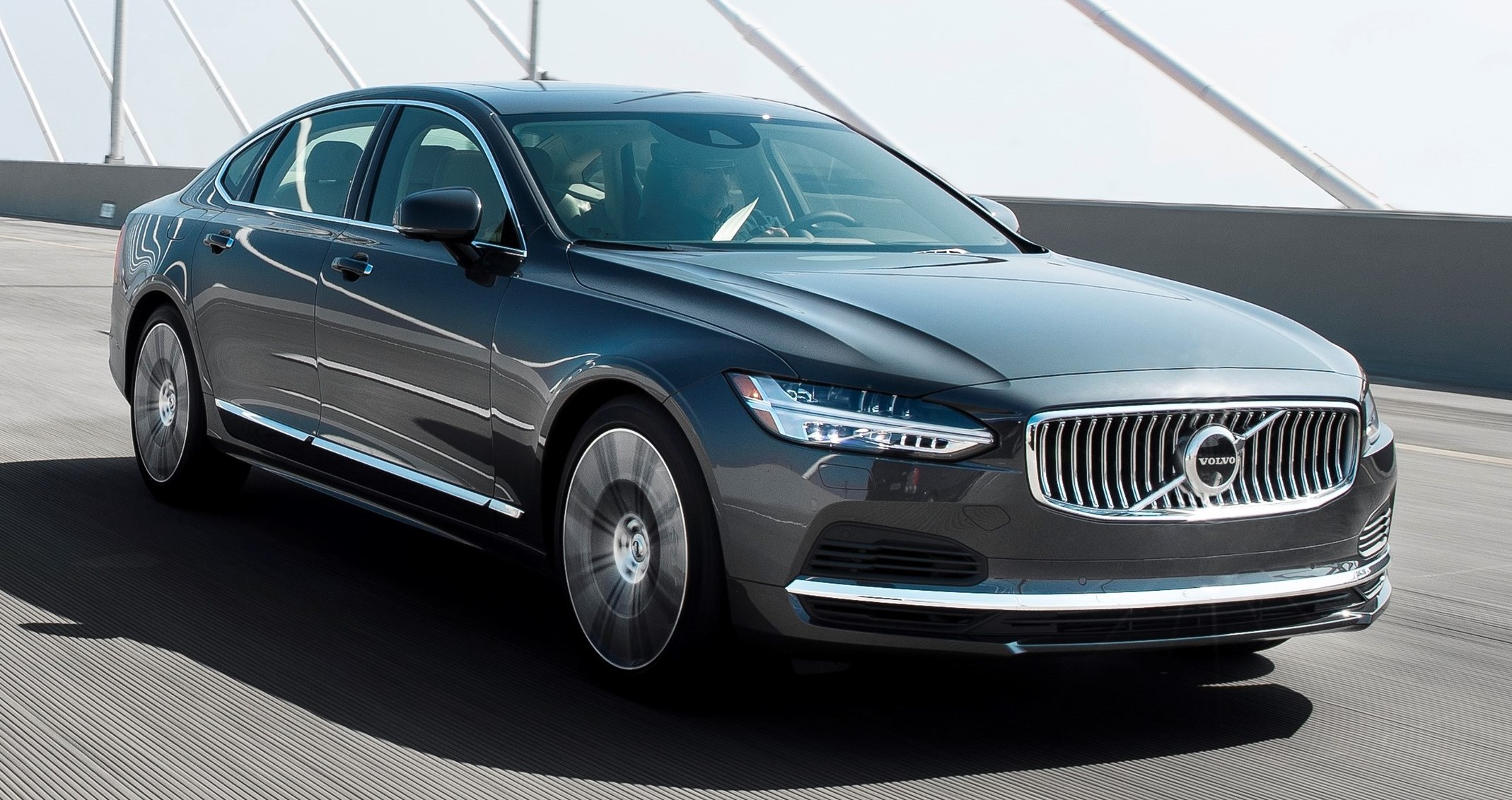 2020 Volvo S90 T8 plug-in hybrid won in the AAA Car Guide's large-car group.