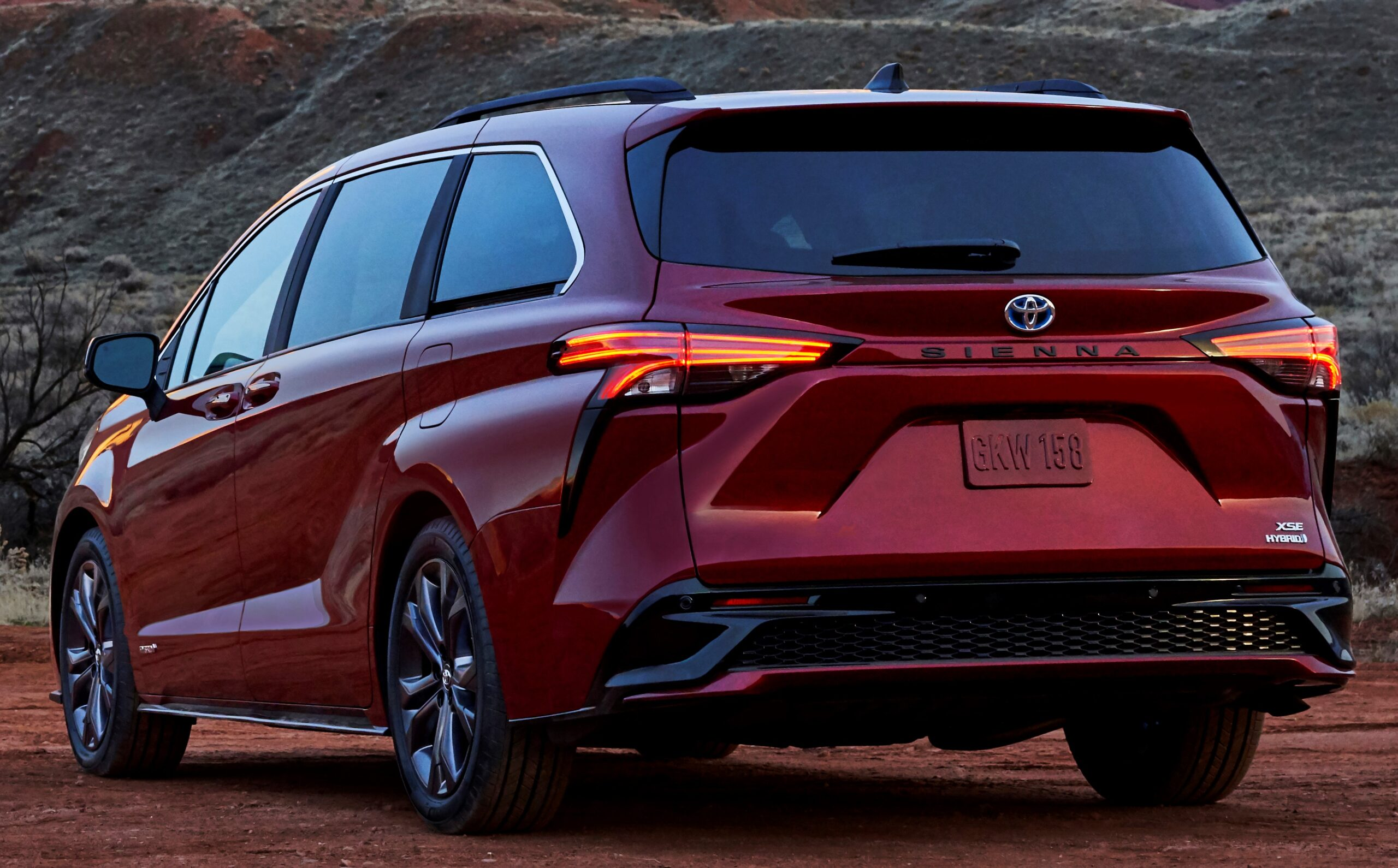 A view of the Sienna's rear end