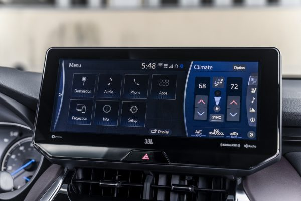 The capacitive touch screen in the Venza