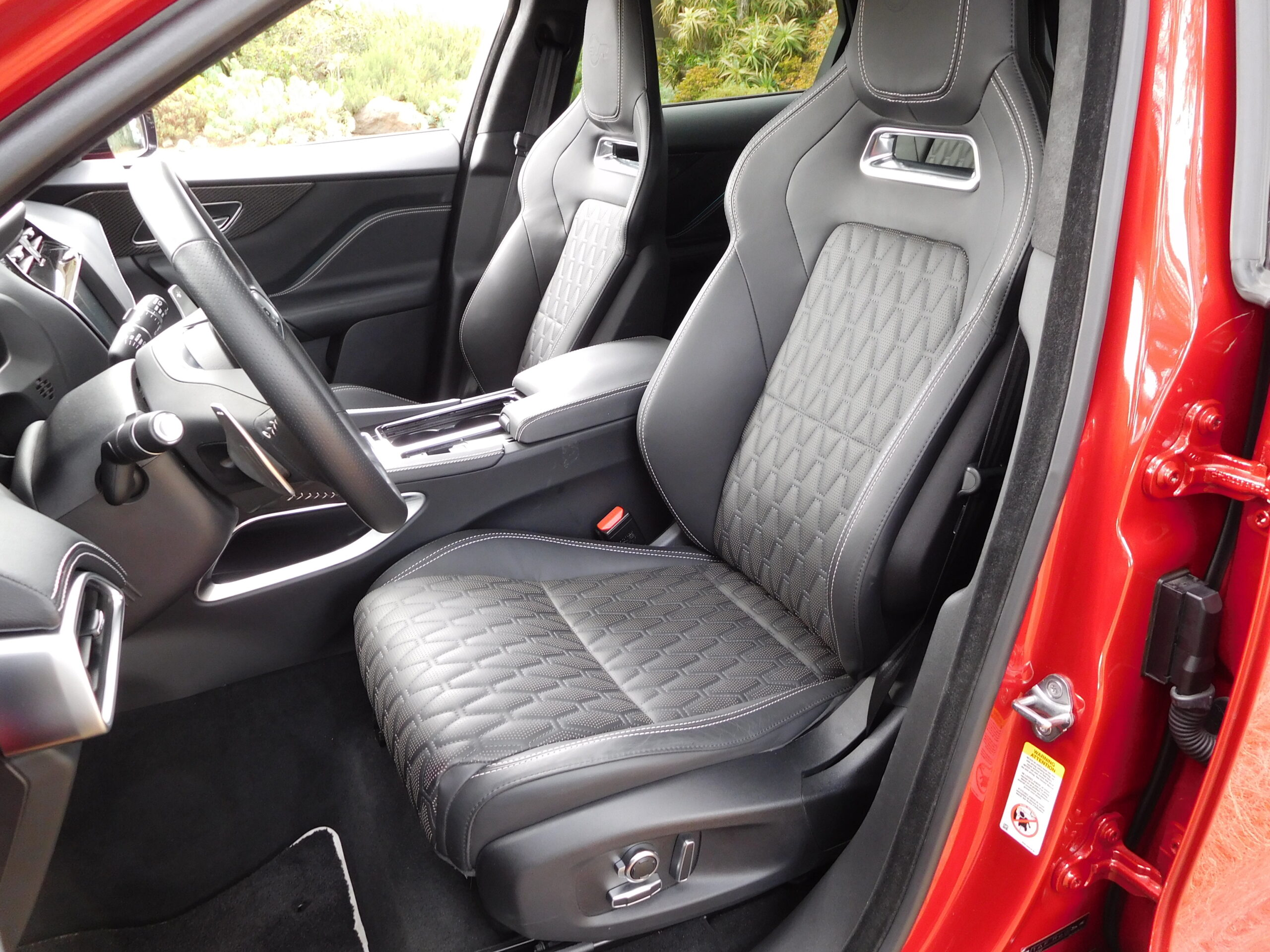 Slimline front sport seats in the F-Pace