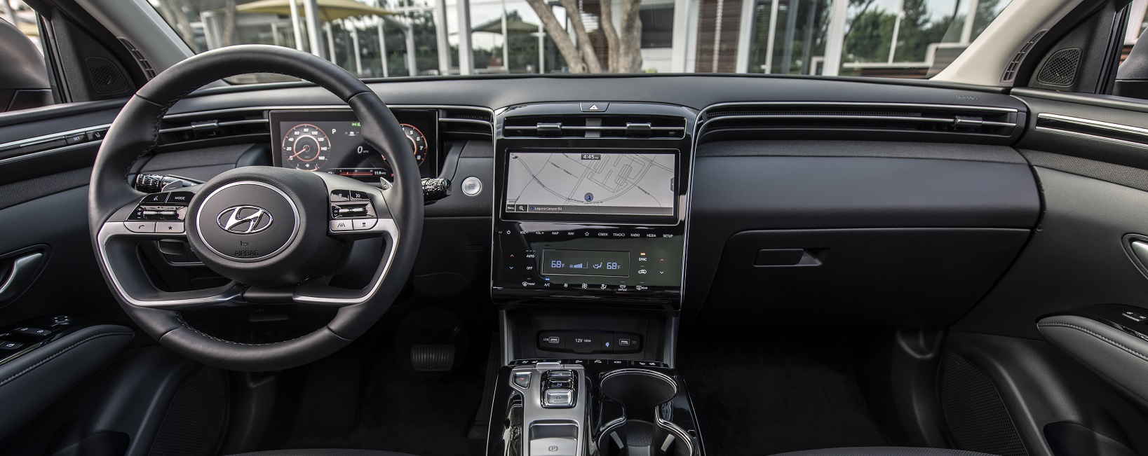The Tucson's interior design is uncluttered and ergonomically arranged