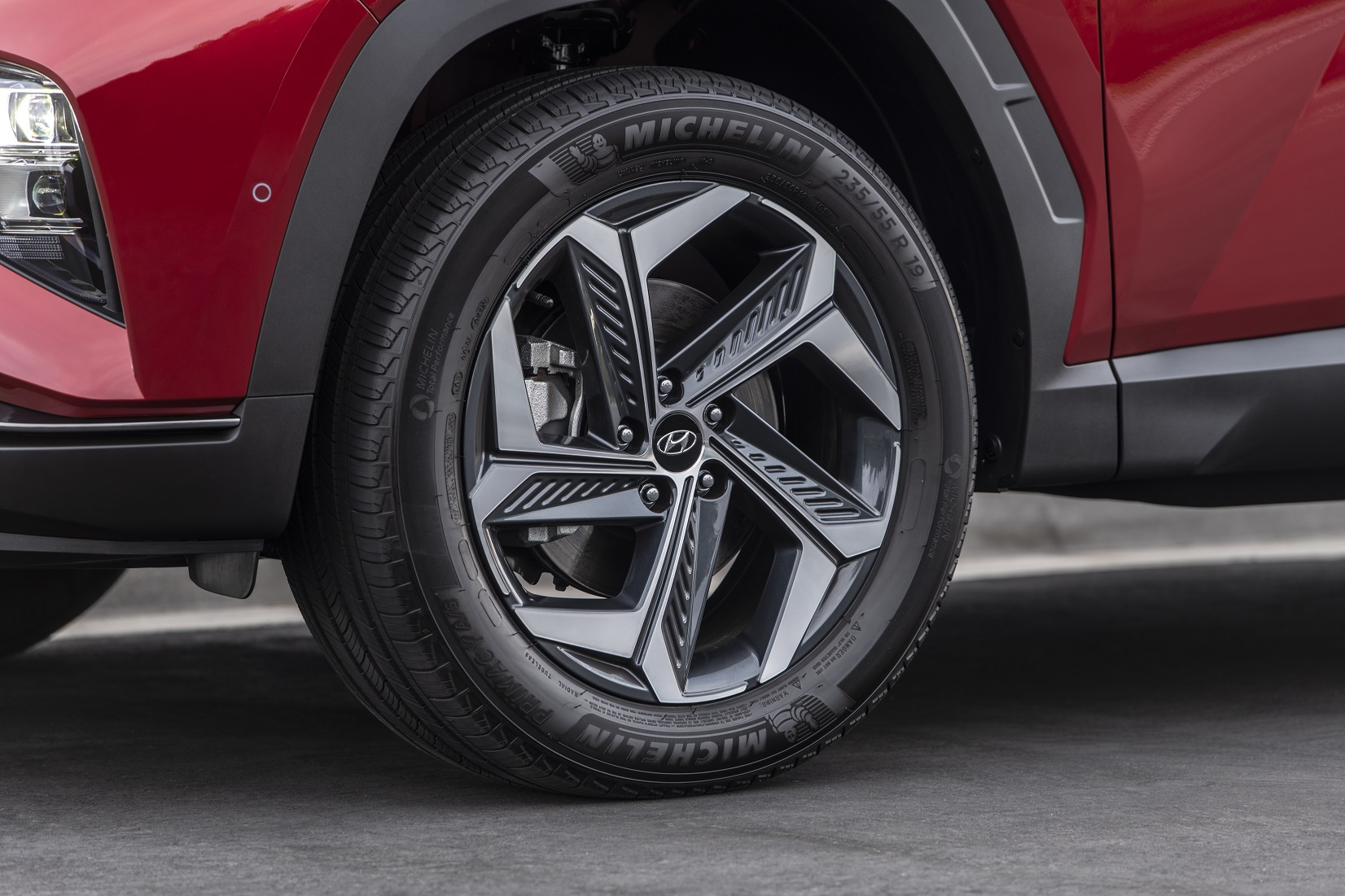 The 19-inch tire-and-wheel package for the Tucson Hybrid
