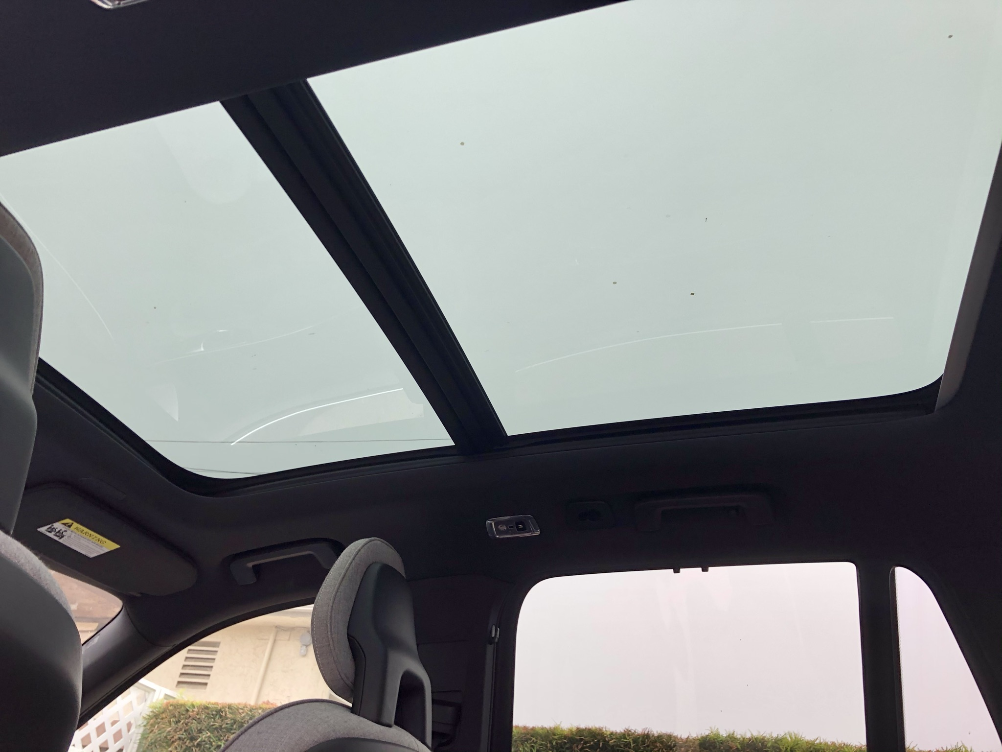 Volvo's panoramic roof in the XC90