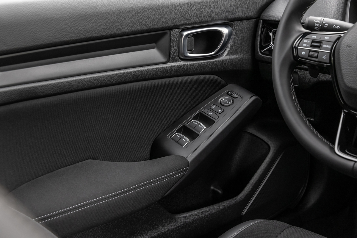 The refined door panel of the new Civic