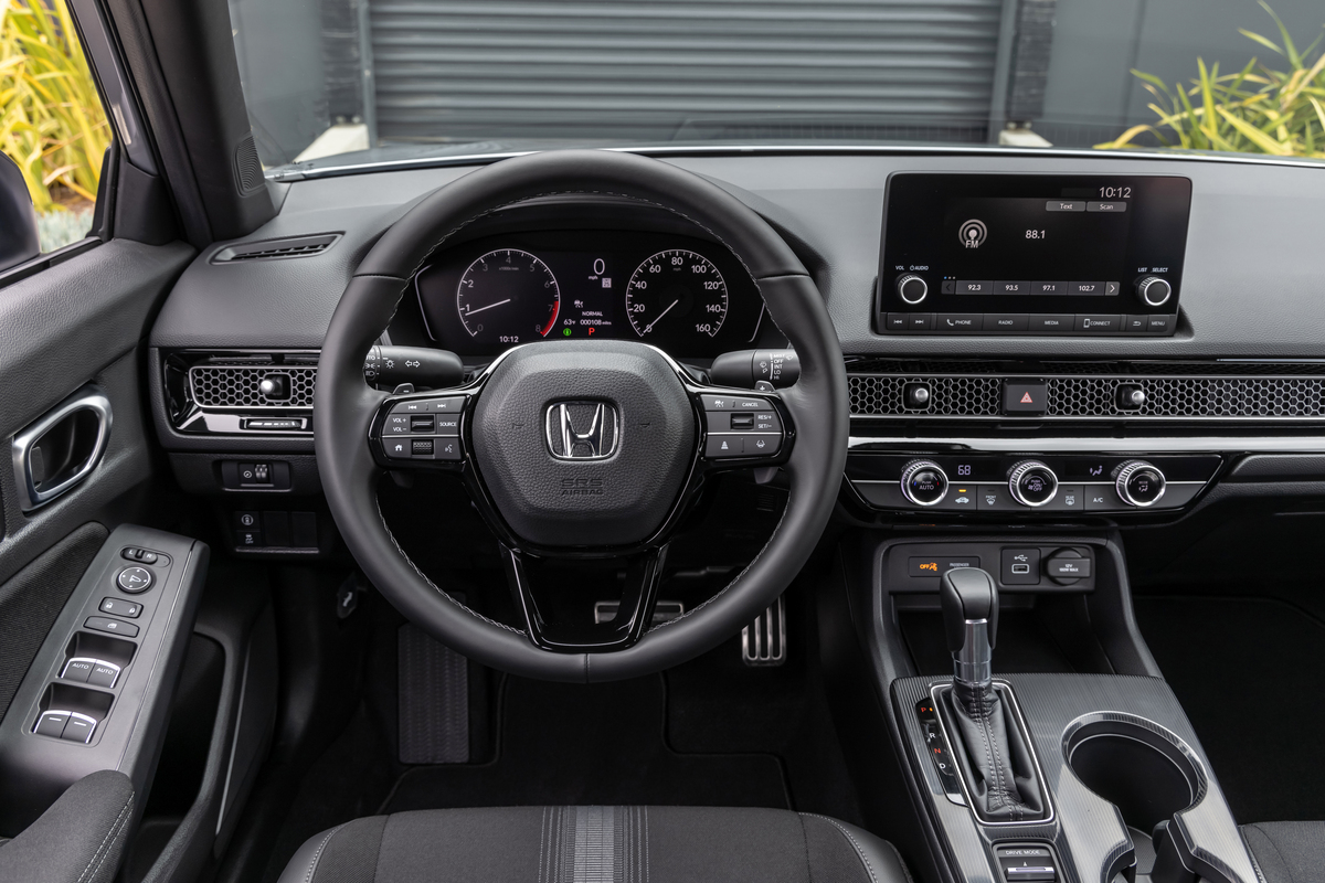Driver area of the new Civic