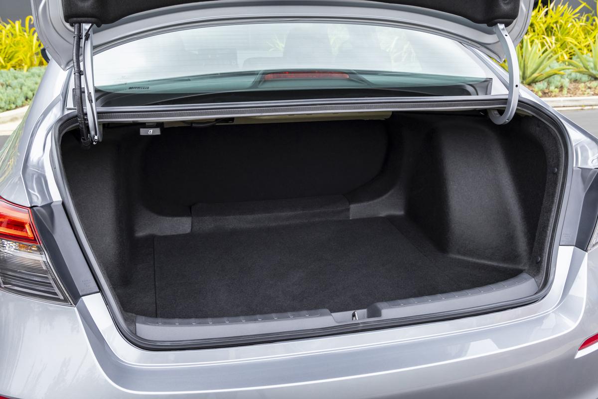 2022 Civic trunk